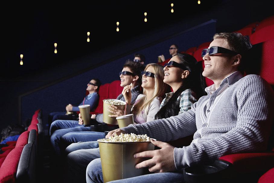 movies-summer-iStock_000017330692_XXXLar
