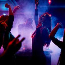 DJ NRW - Gäste tanzen