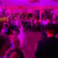 Hochzeitstanz Musik Hochzeit DJ.jpg