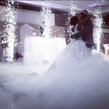 Hochzeitstanz auf Wolken