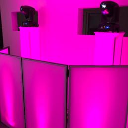 DJ Alex Finger - beleuchtete Moving Head Tower für eine grandiose Lichtshow 1.jpg