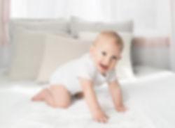baby-bed-bedroom-961196.jpg