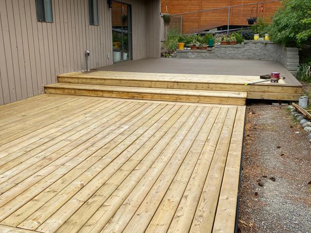 Deck Refinish in Upper Mission