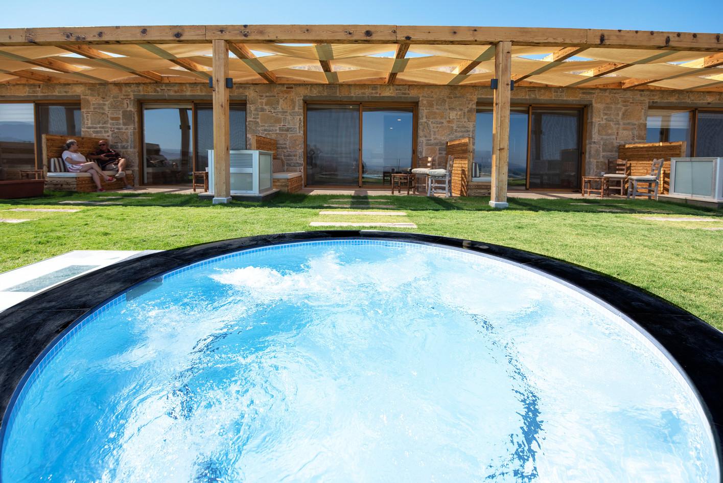 Masaj Havuzu_Massage Pool