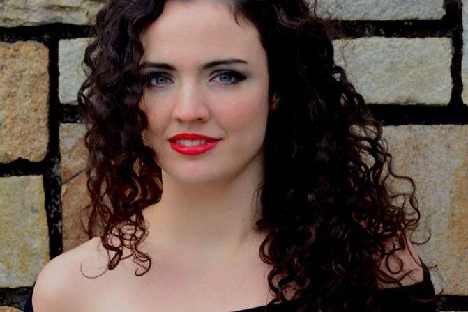 Julia Clancy, violist.
