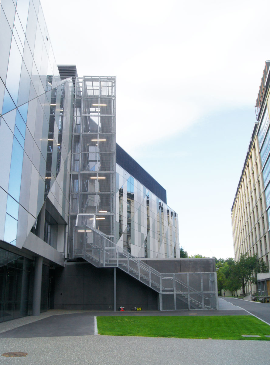 Canterbury-University-RSIC-Building-Entrance2