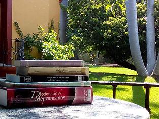 Club de lectura en español.jpg