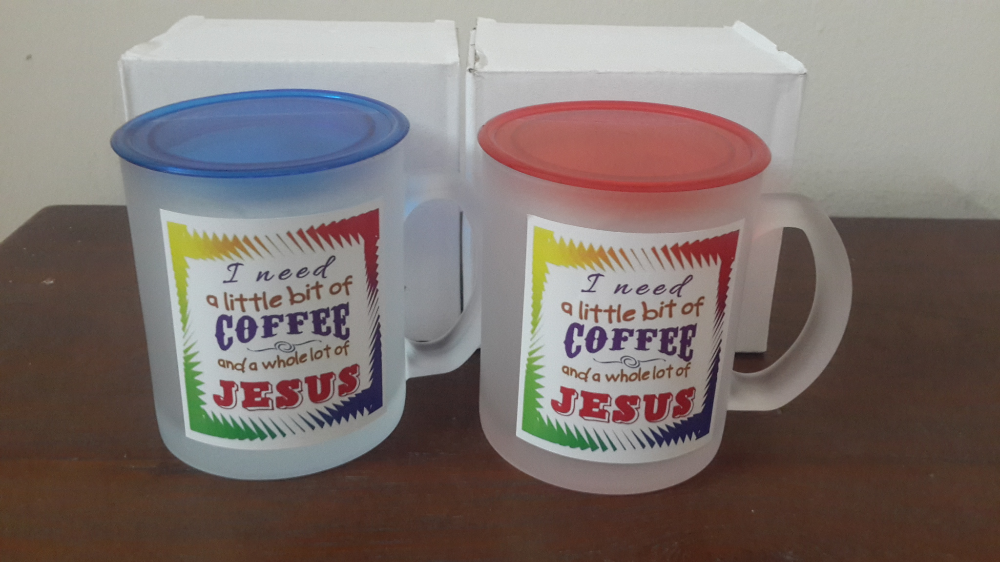 FROSTY MUGS WITH STICKERS