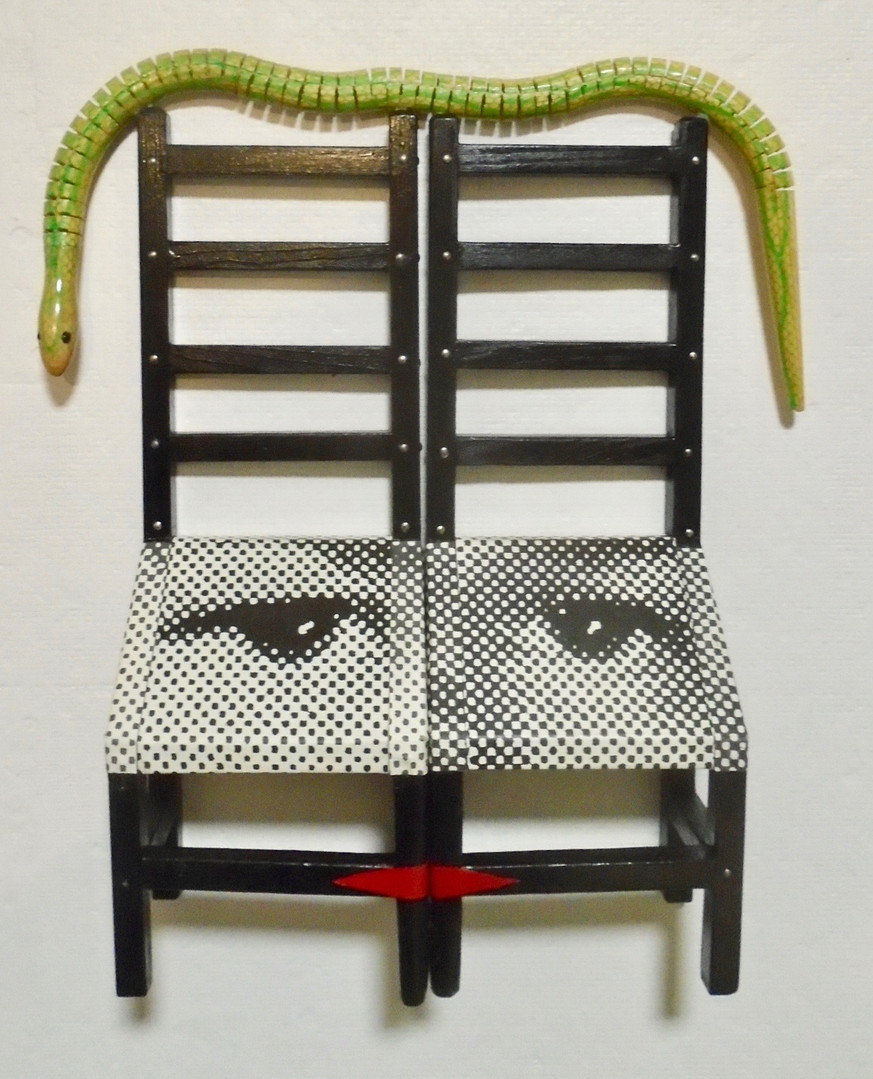Eve's Love Seat