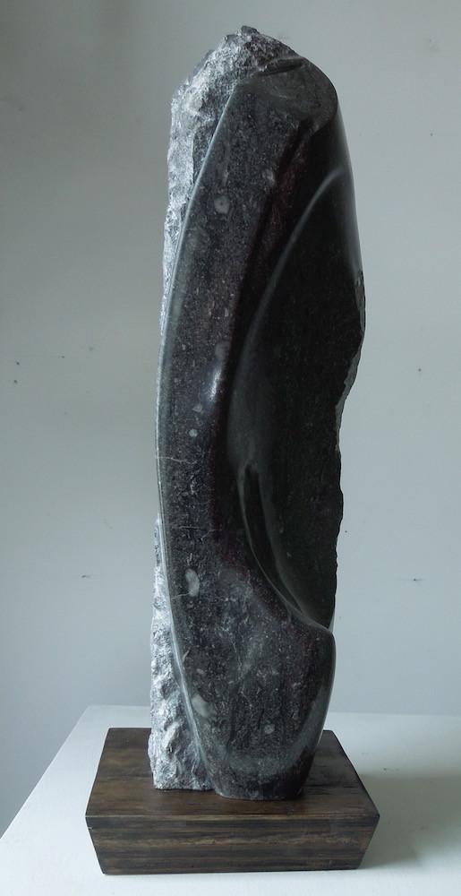 Black Stone, Homage to Isamu Noguchi cur