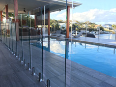 Frameless Glass Pool Fence (3).jpeg