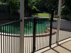 Aluminium Pool Fence (1).jpeg