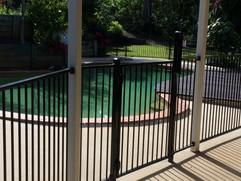 Aluminium Pool Fence (1).jpeg