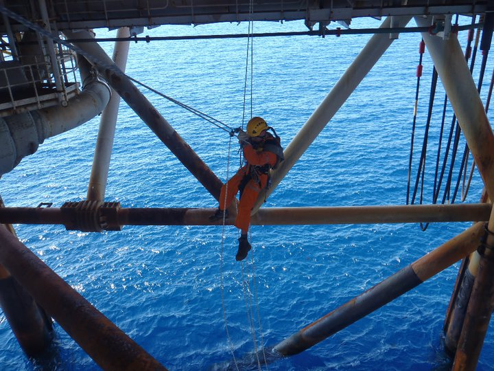 Rope Access Offshore Inspection