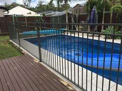 Aluminium Pool Fence (3).jpeg
