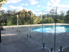 Frameless Glass Pool Fence (1).jpeg