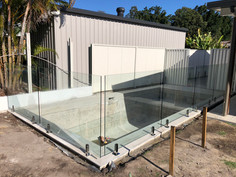 Frameless Glass Pool Fencing (4).jpeg