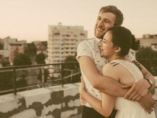 ¿Cómo nos relacionamos en la edad adulta?