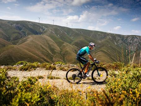 Tiago Ferreira, Campeão Europeu de XCM já começou o desafio de 24 horas a pedalar