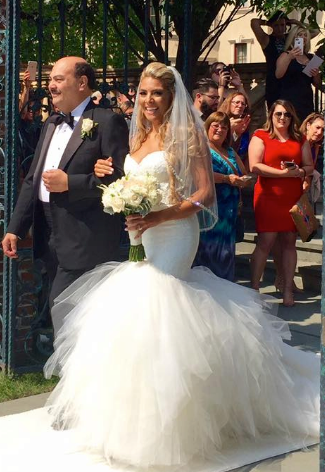 If you want a smile that gorgeous on your big day, it's best to plan in advance!