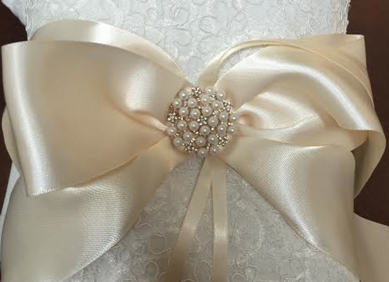 Ring Bearer Pillow - Ivory w/ Gold Accents