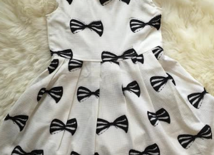 Bows & Pearls Dress - In stock