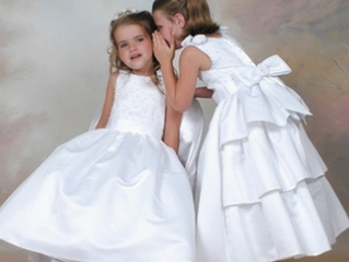 The REAL Difference Between Flower Girls and Junior Bridesmaids