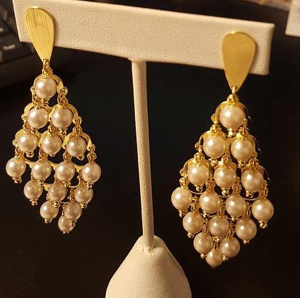 Aretes Oro Laminado y Perlas