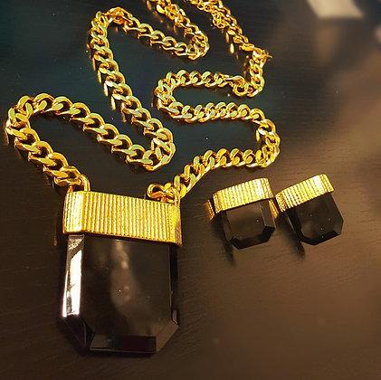 Set Dorado con Cristal Grande Negro