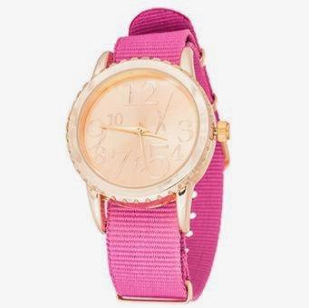 "Reloj ""Belt"" Dorado y Fucsia"