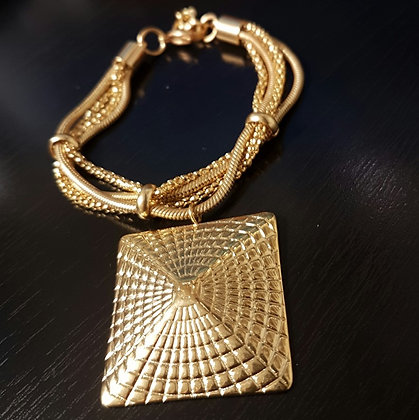Brazalete Dorado Multilayer Símbolo