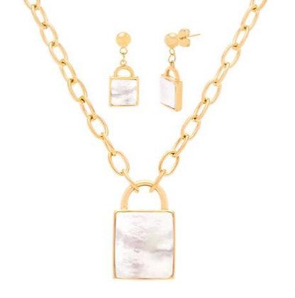 Set Dorado y Madre Perla Inspirado en Chanel