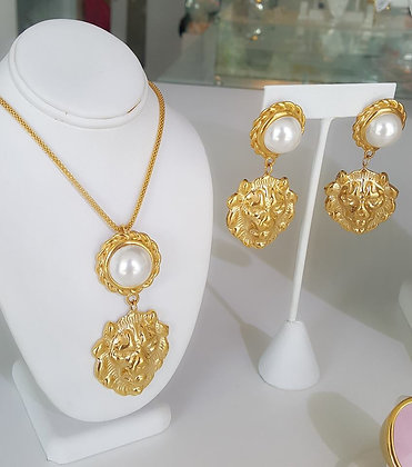 Set Dorado y Perla Inspirado en Versace