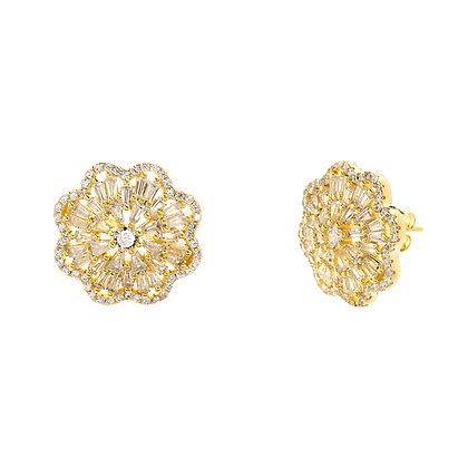 Aretes Dorados y Flor Clear