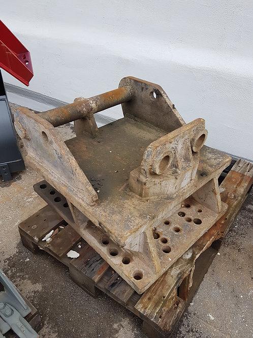 Hammerplatte MS21-25 mit Unterbau