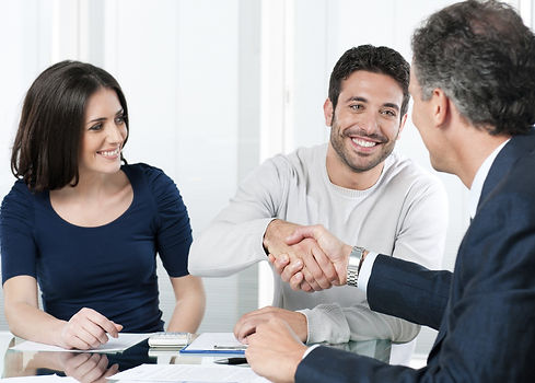 hand-shake-couple-agent-negotiation-0b1b