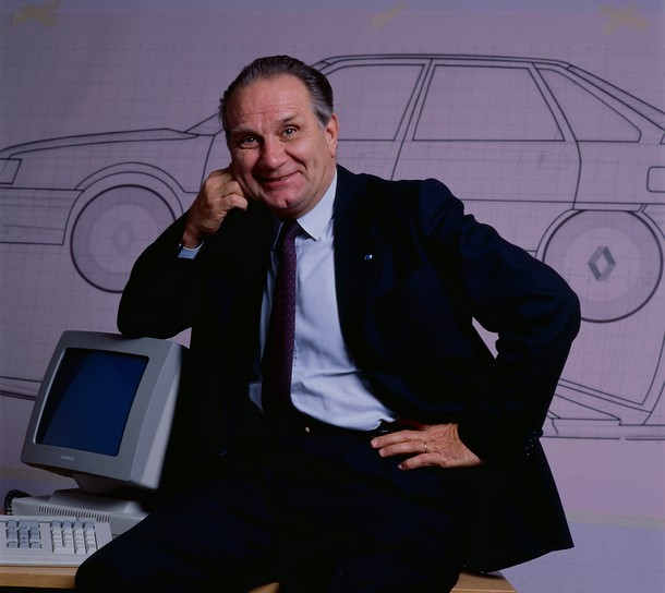 George Besse in front of a design drawing of the Renault 21 launched during his tenure.