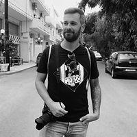 selfmaid samos Simon Bader