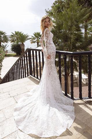 wedding-dress-lauren-back.jpg