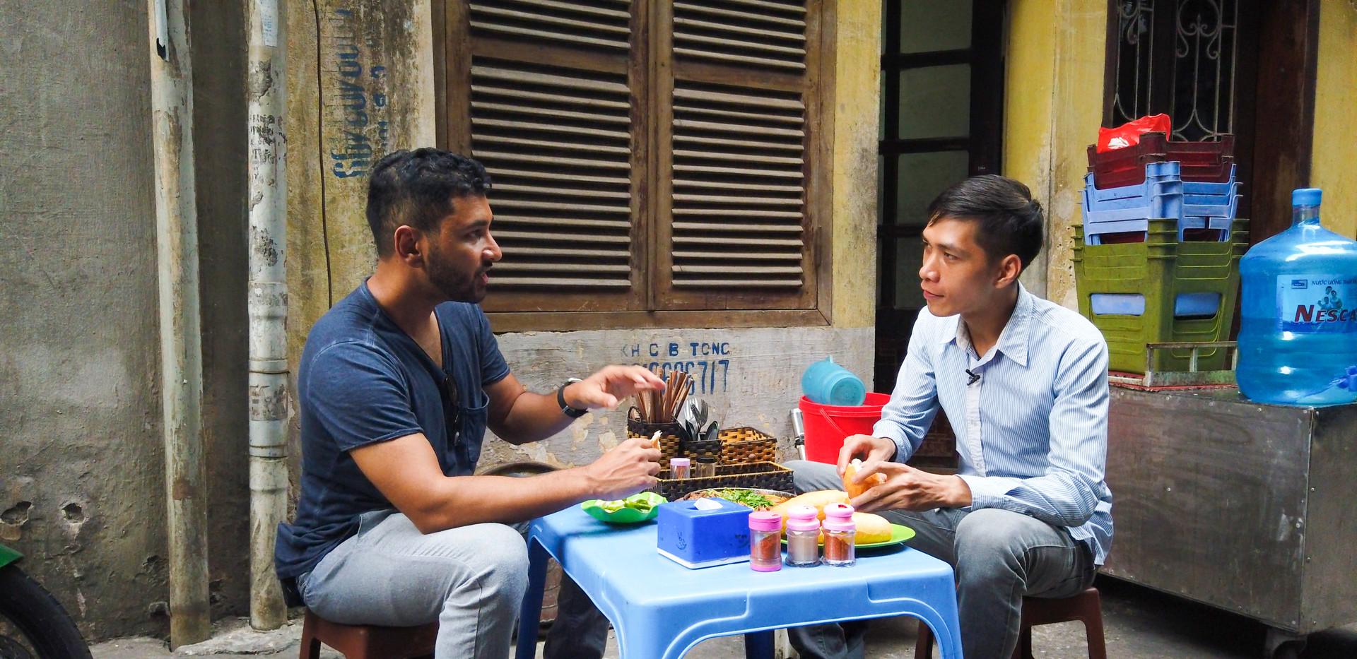 eating-in-Hanoi.jpg
