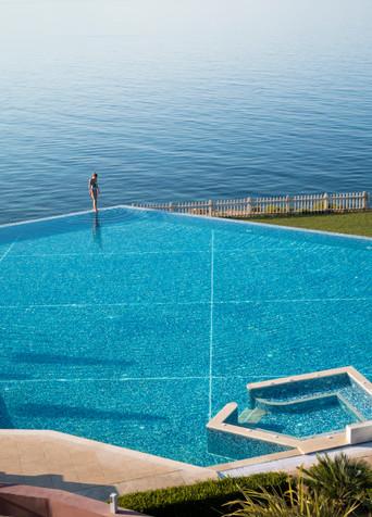 Aqua; Azure; Bay; Beach; Blue; Coast; Coastal and oceanic landforms; Diego Alborghetti; Horizon; Labels; Leisure; Ocean; Recreation; Rectangle; Resort; Sea; Sky; Springboard; Summer; Swimming pool; Tourism; Turquoise; Vacation; Water