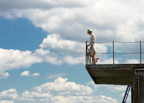 Bridge; Cloud; Construction; Cumulus; Daytime; Diego Alborghetti; Extreme sport; Jumping; Labels; Leisure; Meteorological phenomenon; Nonbuilding structure; Photography; Roof; Sky; Vacation