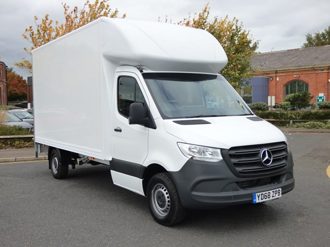 Man with a van in Newcastle. House removals Newcastle. Man and a van Newcastle. Moving Services Newcastle