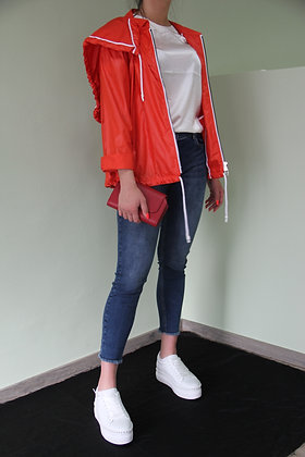 Crea- rote Jacke