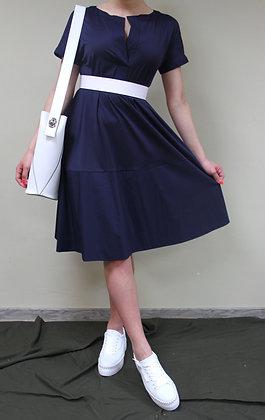 Liviana Conti- blaues Kleid