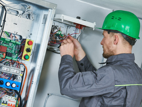 Electrical Industry: Roles and Growth as an Electrician