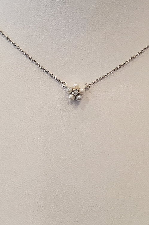 Mini Flower Pearl Necklace