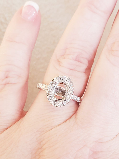 0.62ctw Oval Diamond Engagement Ring