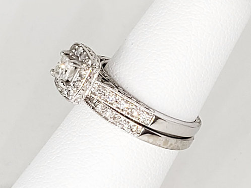Princess Halo Diamond Wedding Set