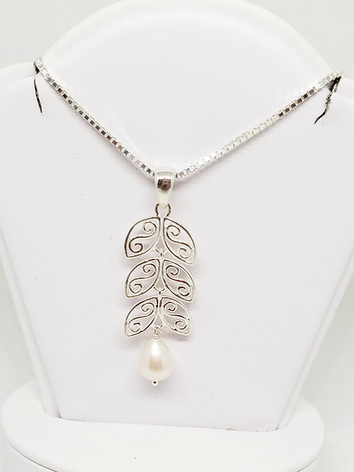 Art Deco Zelda Pearl Necklace